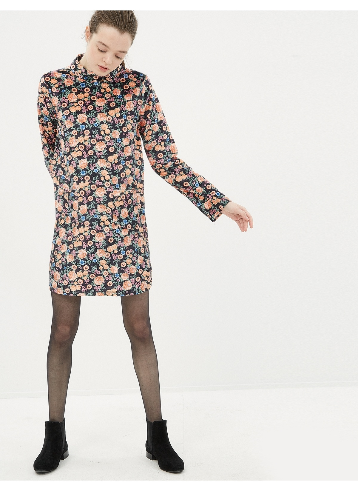 0d09f362e4742 Koton Kadın Uzun Kollu Çiçekli Elbise Black Desıgn   Morhipo   20023042